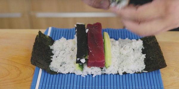 preparar Decoración Sushi de Cangrejo 2