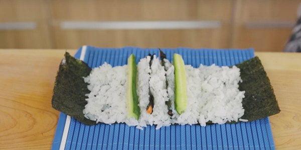 preparar rollo Decoración Sushi de Cangrejo